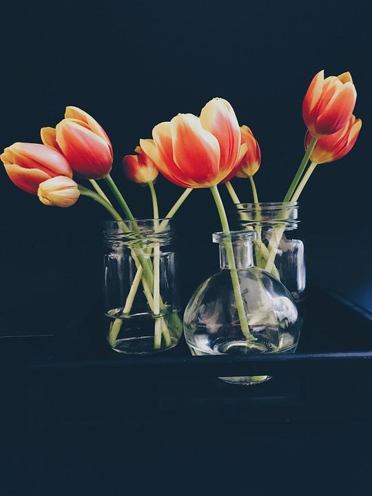 Diferentes maneras de decorar con cristal y flores